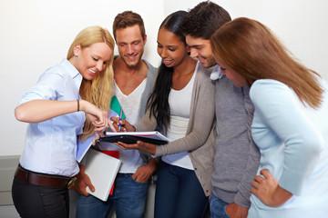 Studenten diskutieren