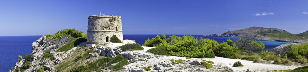 View from the watchtower - Coastline Majorca