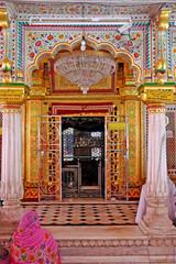 Dargah Nizamuddin, New Delhi, fedeli