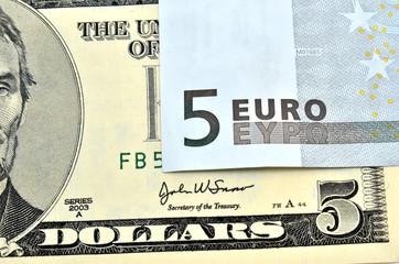 Dolares contra euros
