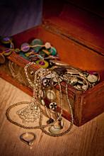 Kista med juveler