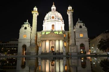 Eglise Saint-Charles dans Vienne la nuit