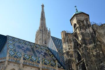 Le toit de la cathédrale Saint Etienne à Vienne