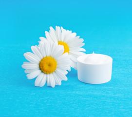 Daisy moisturizer