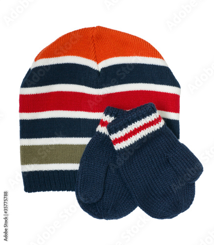 Boy's cap with mittens