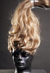 blackBlonde
