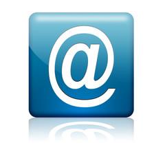 Boton cuadrado azul simbolo e-mail