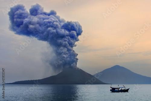 Leinwandbild Motiv Volcano eruption. Anak Krakatau
