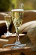 Coupes de champagne en extérieur