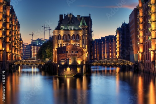 canvas print picture Speicherstadt