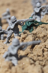 Toy soldiers attack from the sea, like in World war 2