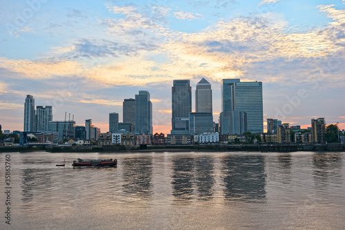 Canary Wharf, over the River Thames, London, England, UK, Europe