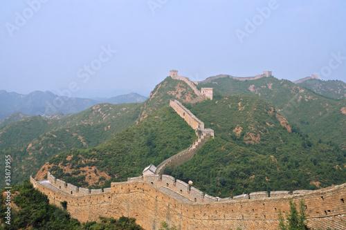 Fotobehang Chinese Muur Great Wall of China Jinshaling T-Junction winding into distance