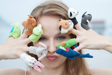 Пальчиковые игрушки. Игра в детский театр.