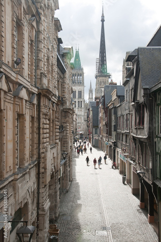 Street to the cathedral