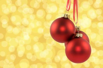 Hängende Weihnachtskugeln