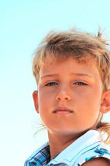 портрет симпатичного мальчика