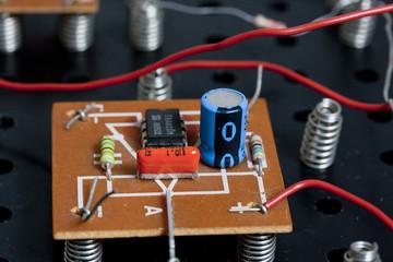 elektronischer Bauteil