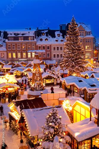 Leinwanddruck Bild Weihnachtsmarkt im Erzgebirge, Christkindlmarkt