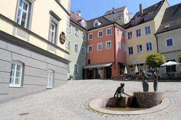 Altstadt mit Brunnen