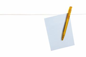 Blaue Karteikarte mit gelben Kugelschreiber