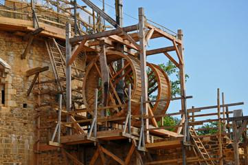 Guédelon vue sur la construction du château féodal