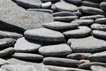 Природные плоские камни