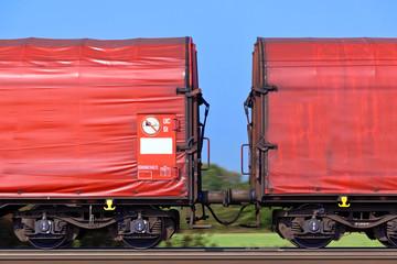 Güterzug auf Schienen