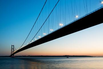humber bridge silhouette