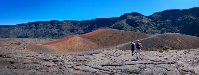 Randonneurs au Piton de la Fournaise - Réunion