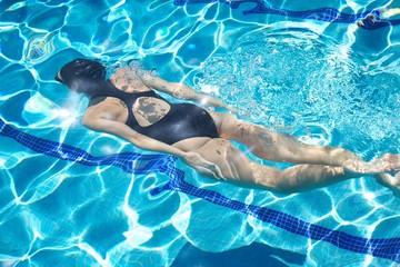 back swimmer diving