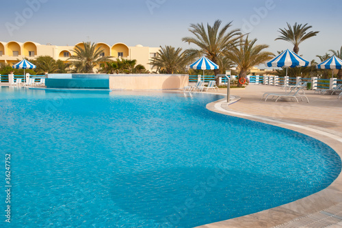 Piscine hotel - 36247752