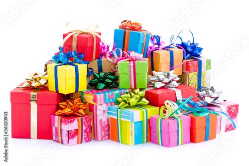 Leinwandbild Motiv Pile de paquets cadeaux colorés