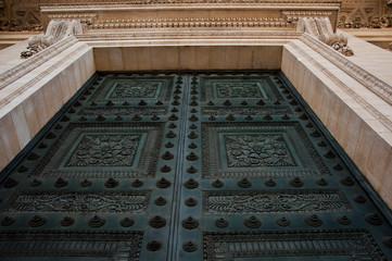 porte du Panthéon à Paris
