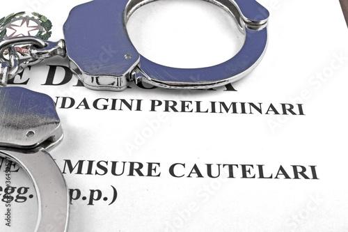Ordine di cattura - ordinanza di custodia cautelare in carcere