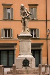 Statue of Salvani in Bologna