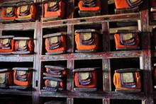Bibliothek im buddhistischen Kloster - heiligen Texte