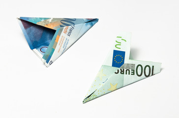 two banknote planes