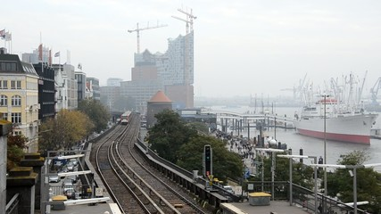Hochbahn Hafenblick Einfahrt