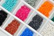 verschiedene farbige Granulate