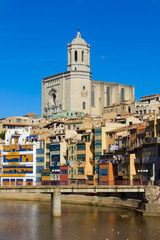 cathedral and Onyar houses, Girona, Spain