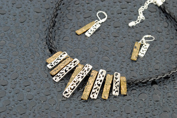 Luxury modern two metal necklace