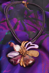 Luxury flower necklace