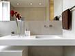 lavabo di design in bagno moderno