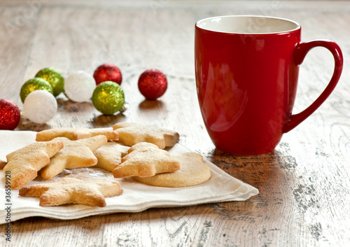 Xmas cookies and red mug
