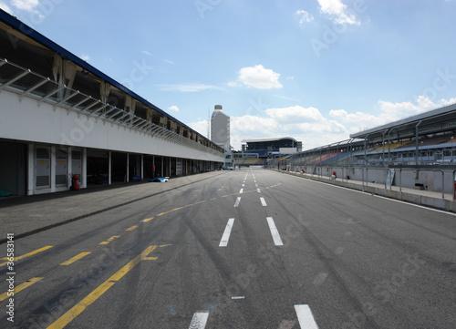 Canvas Stadion pit lane in Hockenheim