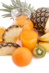 Multivitamin juice and fruits