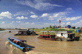 Tonle sap-floating village