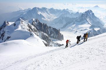 Alpinistes vers le Mont Blanc