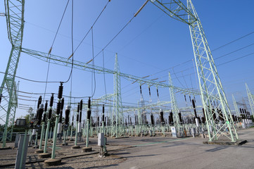 Electric power high voltage substation